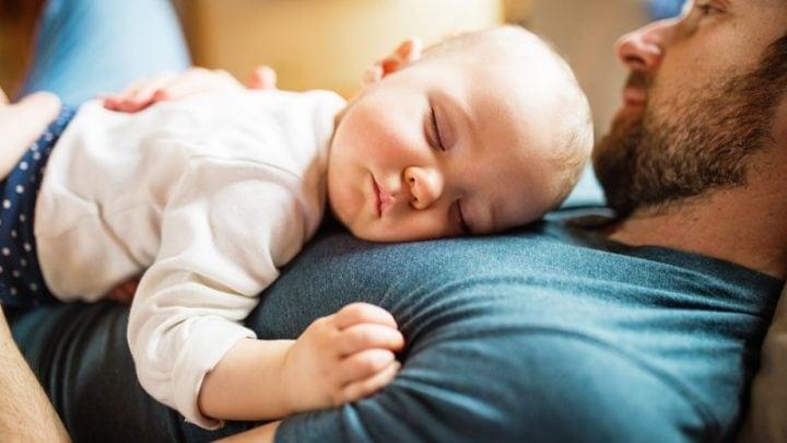 Mein Baby Schläft Unruhig – 10 Tipps Für Einen Regelmäßigen Schlafrhythmus